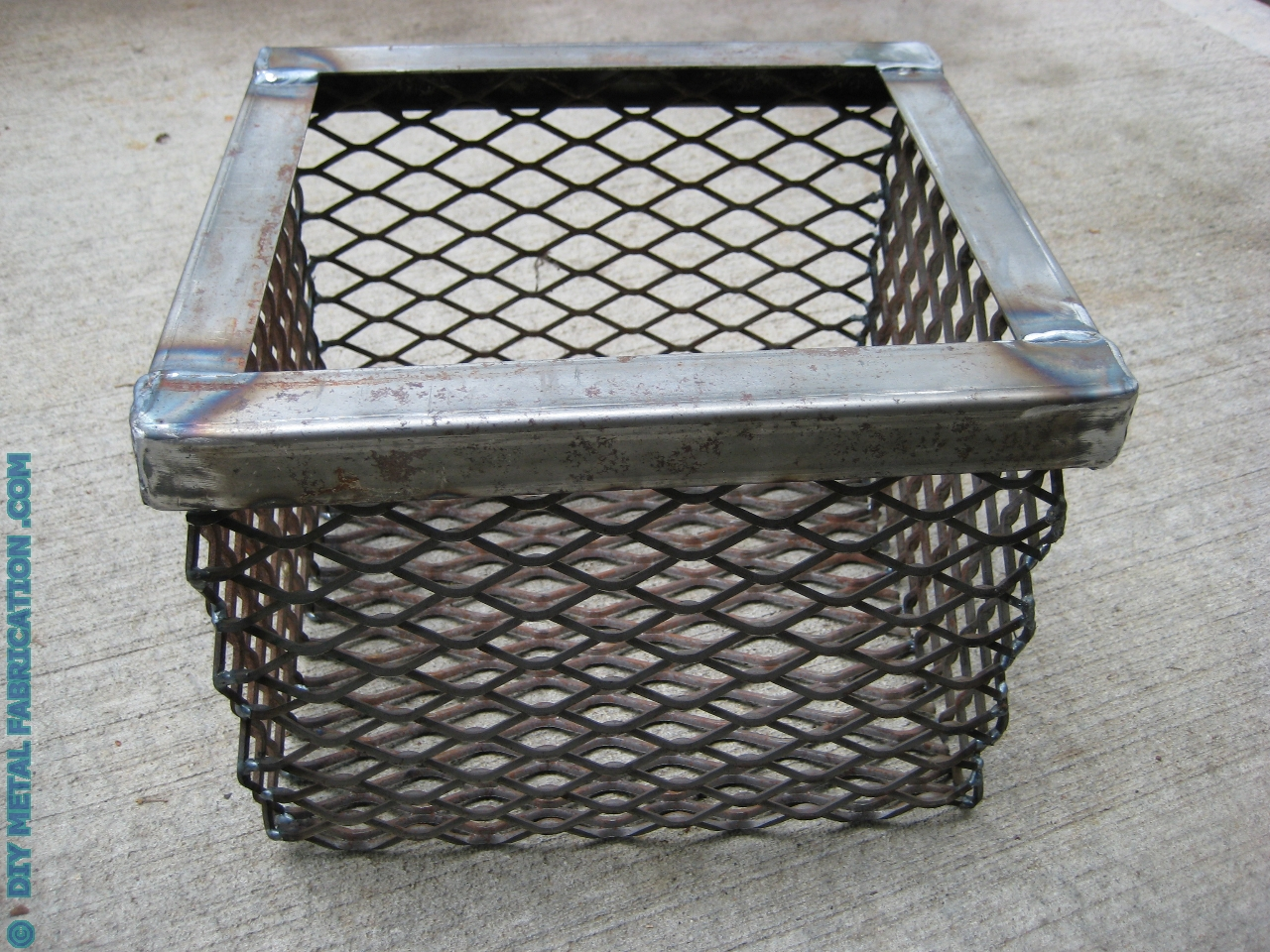 How To Build Smoker Charcoal Basket Diverter Plates